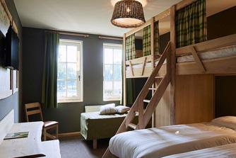 Loonsche Land Hotel - 4/5 persoons hotelkamer inrichting